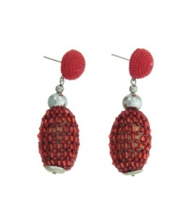 Rode oorbellen met hanger en kraaltjes