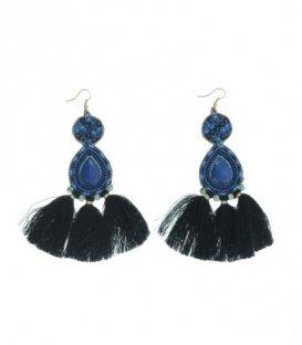 Blauw gekleurde oorbellen met kralen en kwasten
