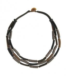 Bruin gekleurde leren korte halsketting met mooie elementen