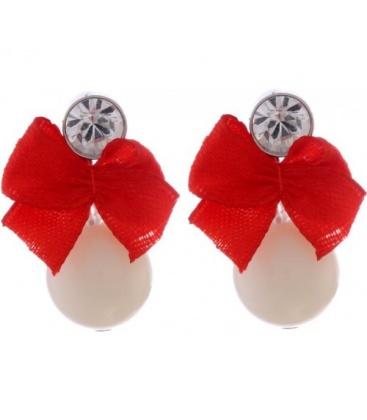 Creme parel oorbellen met een rode strik