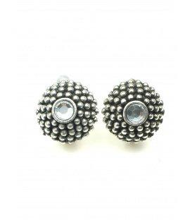 Ronde zilverkleurige metalen oorclips met strass steen