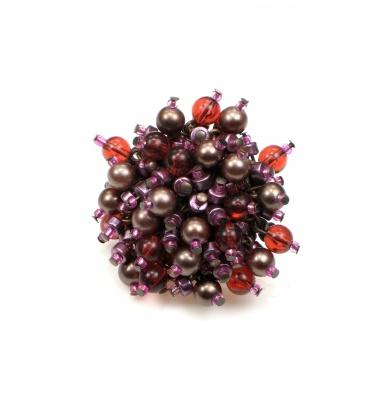 Grote ronde oorbellen van rode en paarse kraaltjes