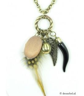 Bronskleurige lange halsketting met veren hanger