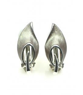 Metalen oorclips in zilverkleur