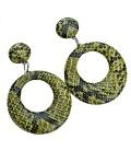 Groene oorbellen met slangeprint
