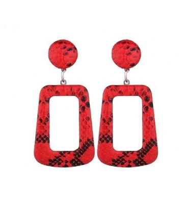 Rode hoekige oorbellen met slangehuid print