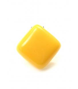 Gele vierkante kunsstof oorclips