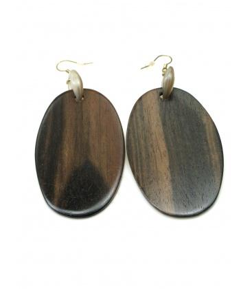 Dunne houten ovale bruine oorbellen