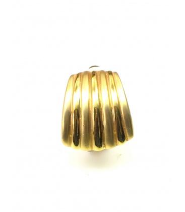 Goudkleurige breede metalen oorclips