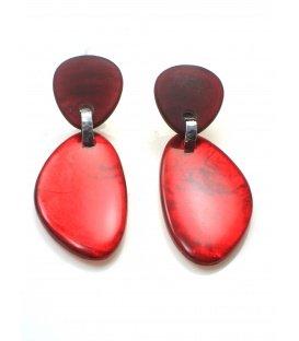 Mooie rode oorclips met parelmoer in hars hanger