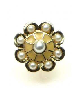 Goudkleurige ronde oorbellen met kleine kunstpareltjes