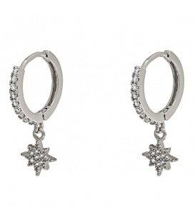 Zilverkleurige oorbellen met sirkonia steentjes en ster
