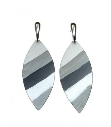 Wingsbyou ovale langwerpige grijze oorbellen