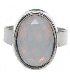 Mat zilverkleurige ring met witte steen
