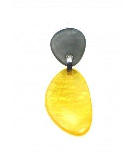 Culture Mix oker geel met grijze oorclips met parelmoer effect