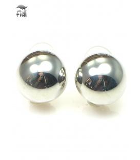 Zilverkleurige bolle oorclips