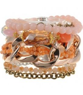 Armband met goudkleurige accenten en roze kralen