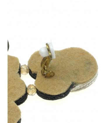 Mooie soutache statement oorclips in creme met zwart en heldere strass steen