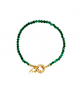 Groene glas kralen armband met een goudkleurige sluiting