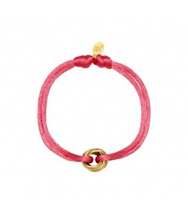 Rode satijnen armband met goudkleurig clipdetail
