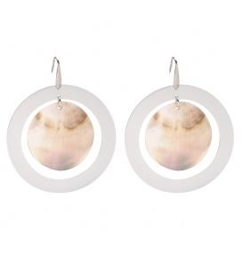 Zilverkleurige oorhangers met een parelmoer hanger in het midden