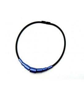 Zwart met blauwe ringen halsketting van Tjonge Jonge