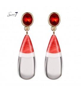 Rode oorbellen met een druppelvormige hanger