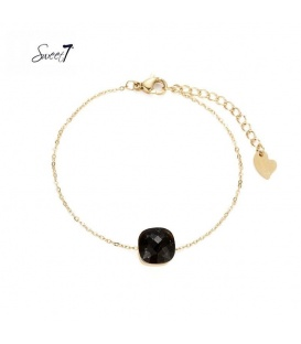 Goudkleurig armbandje met zwarte vierkante steen