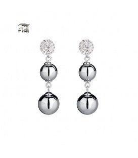 Zilverkleurige oorknopjes met steentjes en twee hangende bollen