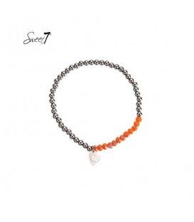 Elastische armband met zilverkleurige en oranje kralen