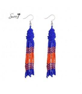Lange oorbellen met blauwe en oranje kraaltjes