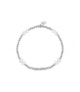 Elastische armband met zilverkleurige kralen en parels