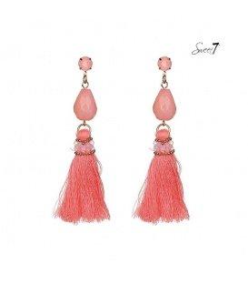 Mooie roze oorbellen met kwast en glas kralen