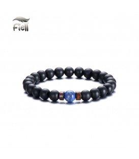 Elastische armband met zwarte kralen en een blauwe kraal