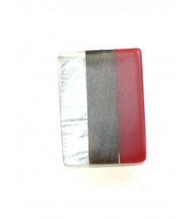 Rood gekleurde vierkante oorclips met hout en parelmoer inleg