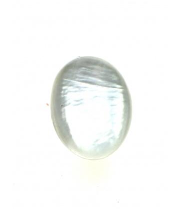 Ovale witte oorclips met parelmoer inleg van Culture Mix