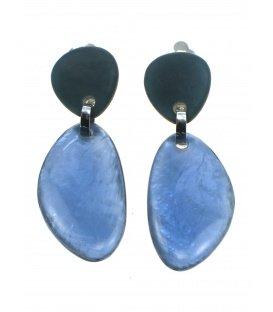 Langwerpige blauwe Culture Mix oorclips met parelmoer inleg