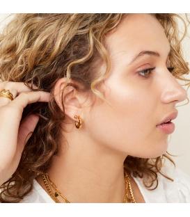Zilverkleurige oorbellen met een sterren patroon