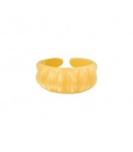 Gele candy ring met verticale ribbels