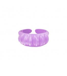 Paarse candy ring met verticale ribbels