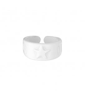 Witte metalen ring met sterren