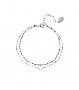 Zilvergekleurde meerlaagse armband met een open hartbedeltje