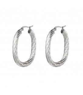Zilverkleurige grote oorringen in gedraaide ovale vorm