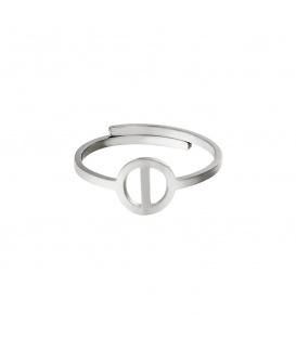 Zilverkleurige ring met initiaal I in cirkel