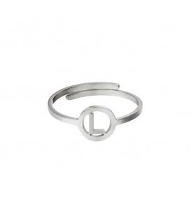 Zilverkleurige ring met initiaal L in cirkel