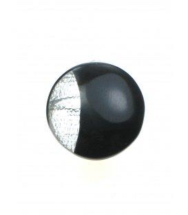 Zwart met witte oorclips met parelmoer inleg van Culture Mix