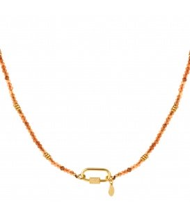 Goudkleurige halsketting met oranje steentjes en rechthoekige sluiting