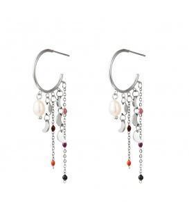 Zilverkleurige oorhangers met bungelende manen, parels en kleurtjes