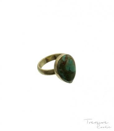 Blauw-groenige ring