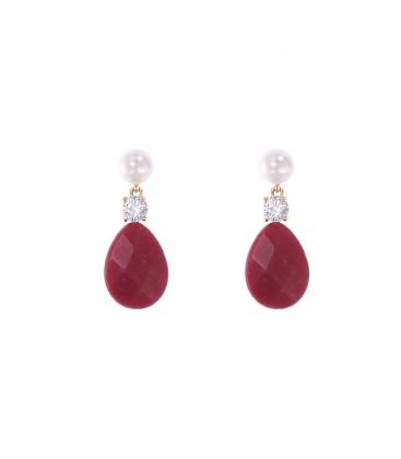 Rode oorbellen met een stijlvolle steen en parel